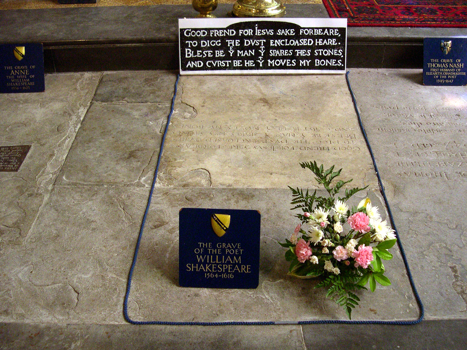 Shakespeare gravestone design