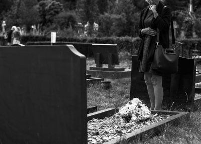 funeral directors about saving money